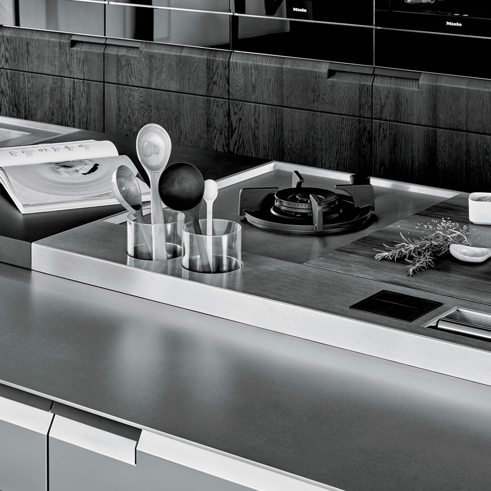 Poliform_OUR_KNOWLEDGE_960x960px_kitchen_7