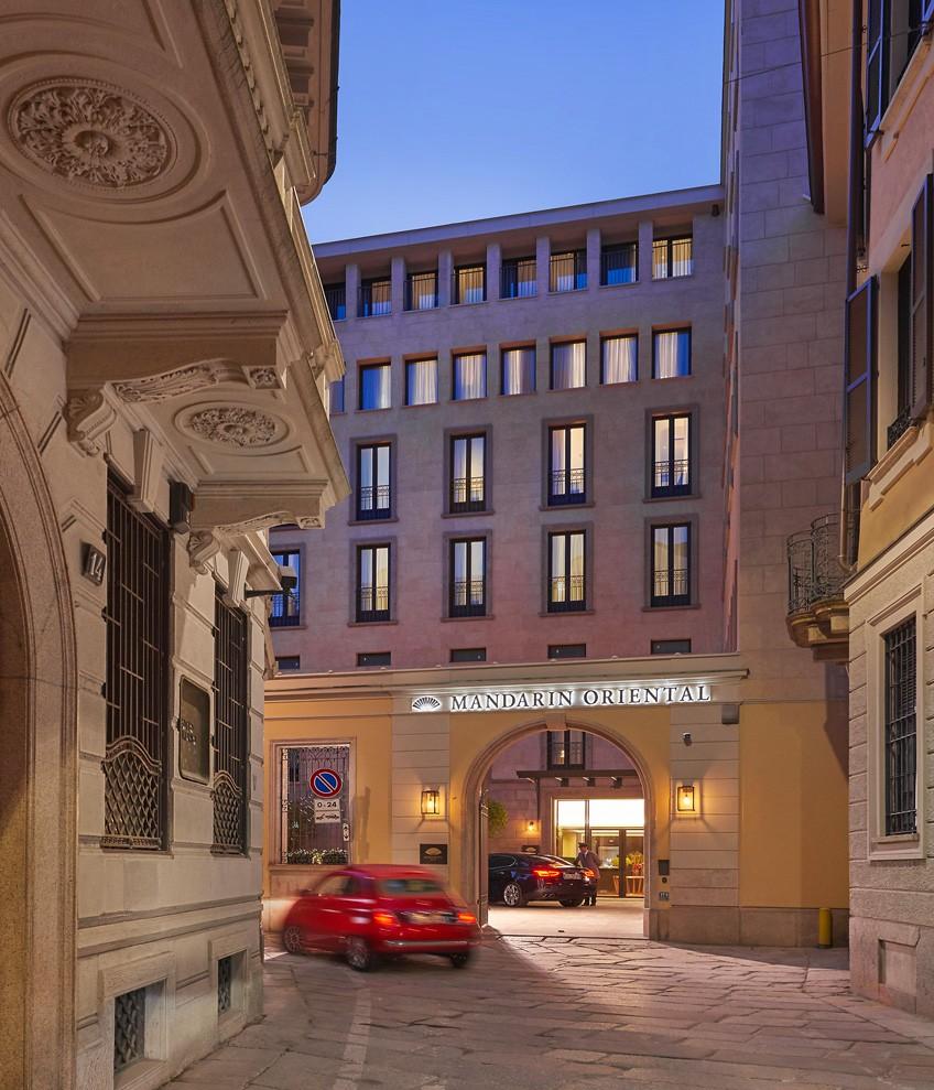 Poliform_contract_hospitality_MANDARIN_ORIENTAL_HOTEL_02_834x989px