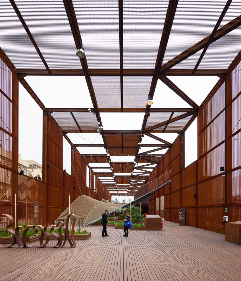 Poliform_contract_public_area_EXPOPADIGLIONE_BRASILE_03_834x989px_gallery