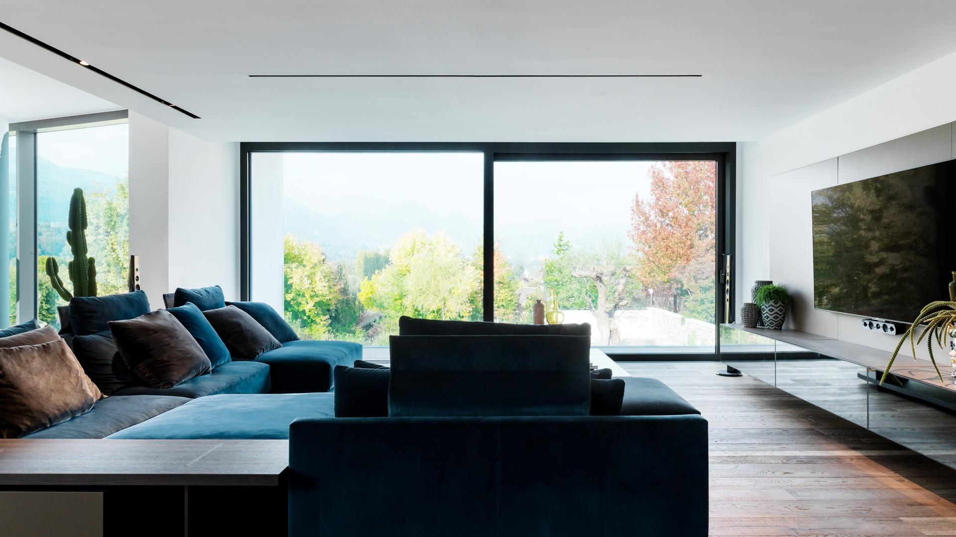 Poliform_contract_residential_VILLA_ALSERIO_04_1920x1080px_gallery